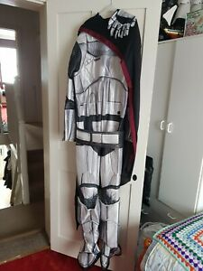 Star Wars Captain Phasma Adult Costume WITH GLOVES (Sold as seen) Worn once