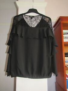 0.99P BNWT LACE INSERT CAPE TOP BY LIPSY LONDON SIZE 14