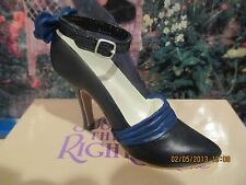 Just The Right Shoe Tuxedo Blue Original First Edition Indroduction 25062