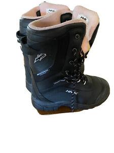 HMK Voyager Women's Snowmobile Boot