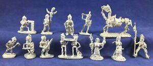 12 Grenadier Metal Miniatures D&D 6002 Fantasy Skeletons 1982 no paint no box