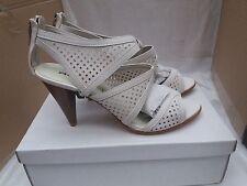 RAXMAX Designer Femmes Blanc perforé Sandales Taille UK 7/EU 40 RRP £ 89.00