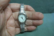 Vintage Sharp Quartz Wrist Watch