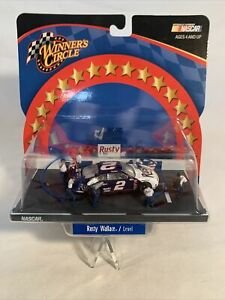 2002 1/64 Winner's Circle Pit Row Series Rusty Wallace #2 Level On Pit Road