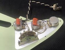 USA Stratocaster Wiring Harness With Mint Green Pickguard - Muddy Tone Remover