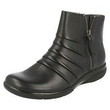 Clarks Zip Standard Width (D) Shoes for Women