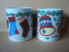 2 Christmas Stockings & Bells 10oz Ceramic Mugs Add Hot Choc Pckts Nice Gift