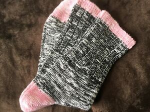 LADIES QUALITY SOFT MERINO SILK BLEND GORGEOUS ANKLE BOOT SOCKS BLACK PINK