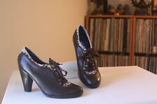 Poetic Licence Backlash Brown Leather Animal Print Lace Up Booties Pumps SZ 7.5