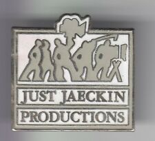 RARE PINS PIN'S .. FILLE SEXY GIRL CINEMA EROTIQUE JUST JAECKIN PRODUCTIONS ~C8
