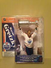 Mcfarlane Nhl Legends 4 Wayne Gretzky Edmonton Oilers figure W/Stanley Cup.Rare