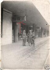 12484/ Originalfoto 7x10cm, Soldaten Bahnhof Brenner, Tropenuniform, 5/1943