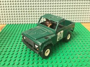 Britains National Trust Land Rover And Driver Made In England Green BTN 90