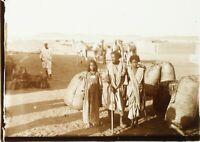 EGYPTE Enfants Travaillant ca 1910, Photo Stereo sur Plaque de Verre Positif