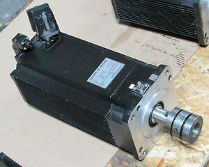 OKUMA BL-MOTOR BL-MP500J-20SBA 7.1KW 132V 51.3A 3PHASE, FROM MITSUBISHI M-H500