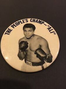 1960's MUHAMMAD ALI 'THE PEOPLES CHAMP' BOXING PM10 STADIUM PIN PINBACK BUTTON