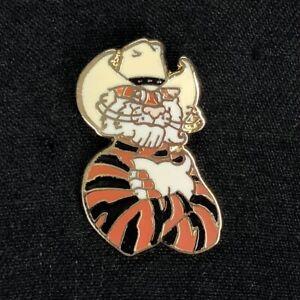 Vtg Esso Tiger in Cowboy Hat Lapel Pin Enamel Metal Gas Oil Advertising Exxon