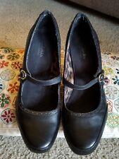 Clarks Bendales Pumps, Women's Size 9M shoes - Black Leather