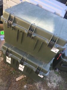 LARGE PELICAN IM3075 GREEN STORM ROLLING CASE 33 x 24 x 19 With Foam