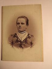Neudek - junge Frau Baumgartl - Portrait / CDV