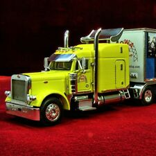 RARE - IOWA 80 WALCOTT TRUCKERS JAMBOREE 2007 PETERBILT 379 31597 - 1/64 DCP NEW