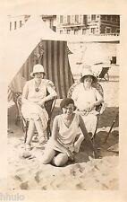 BE249 Carte Photo vintage card RPPC Femme woman plage mer tente bain chapeau