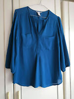 H&M WOMENS GREEN CHIFFON BLOUSE TOP UK SIZE 12 POCKETS V NECK 3/4 SLEEVE
