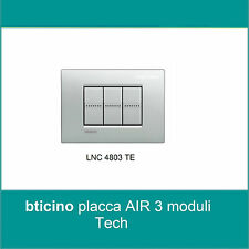 PLACCA QUADRA BTICINO LIVING LIGHT AIR 3 POSTI MODULI TECH LNC4803TE