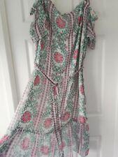 Impresionante Frío Hombro Ditsy Floral Boho Forrado Con Cinturón Vestido Talla 20 BNWT Gypsie