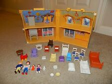 PLAYMOBIL 5763 My Take Along Dollhouse W/All 4 People & 22 Acces (ALL ORIGINAL)