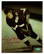 Gordie Howe as Detroit Red Wing Captain in 1958/59 - Awesome