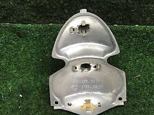 VW Käfer ab 67' Lampenträger für Rücklicht Bügeleisen 1200 1300 111945263D