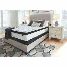 Design by Ashley 12 in. Chime Hybrid Mattress Extra Soft Hypoallergenic Queen
