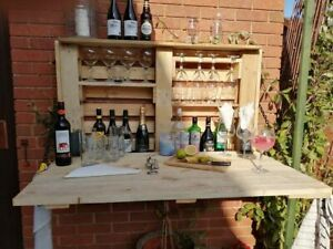 Garden/Patio pallet bar, great hot-tub and summer house accessory!