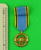 NASA SPACE AGENCY EXCEPTIONAL SERVICE MINIATURE MEDAL
