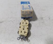LEVITON 2 POLE 3 WIRE GROUNDING DUPLEX RECEPTACLE 20AMP 5800-I NIB