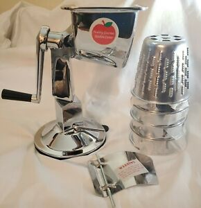 King Kutter  Healthy Gourmet Kitchen Cutter Manual Food Processor With 5 cones