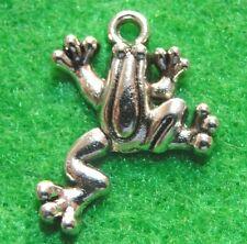 10Pcs. Tibetan Silver FROG Toad Charms Pendants Ear Drops Jewelry Findings TF07