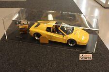 Pocher Professional built kit Ferrari Testarossa Targa 1:8 yellow + engine