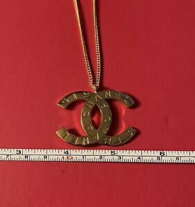 """Chanel Vintage Necklace w/ 18"""" Chain"""
