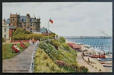 A. R. QUINTON POSTCARD SOUTHWOLD-CENTRE CLIFF *3062 FLAG