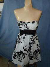 BLACK & WHITE Silhouette FLORAL MINI DRESS TUNIC S Size 5 Womens SUMMER TOP NWOT