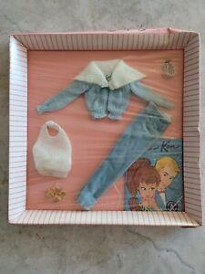 NRFB Vintage Barbie Clothing Set Mood for Music #940 Original Mattel Dolls