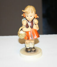 Hummel Figurine 81/0 School Girl TMK 2 Full Bee 5  Inches