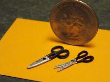 Dollhouse Miniature Scissors Set of 2   1:12 inch scale Z25de Dollys Gallery