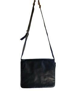 Wilson Leather Black Bag Small Messenger Organizer Tablet Nomad Shoulder Vintage