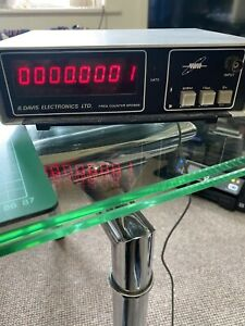 600Mhz Frequency Counter.
