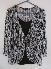 MIRRORSWOMAN  LOVELY STRETCH TOP SIZE 18