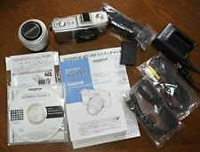 Olympus Mirrorless Single-Lens Pen E-P2 Lens Kit Silver E-P2Lkit-Slv
