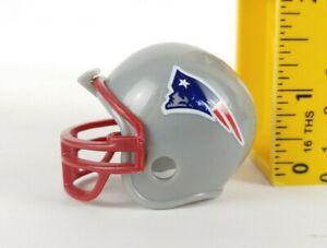 "NFL New Englnd Patriots Riddell Pocket Pro Mini Football Player Helmet Bar 1.5"""